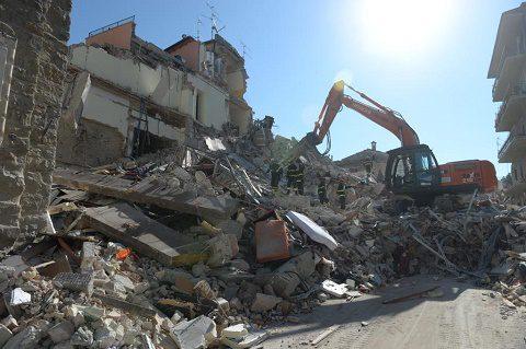20160727_#sismacentroitalia_militari_soccorsi_Difesa (1)