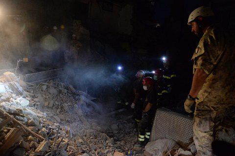 20160727_#sismacentroitalia_militari_soccorsi_Difesa (2)