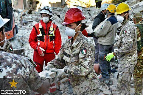 20160824_emergenza #sismacentroitalia_Esercito_#noicisiamosempre (1)