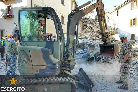 20160824_emergenza #sismacentroitalia_Esercito_#noicisiamosempre (2)