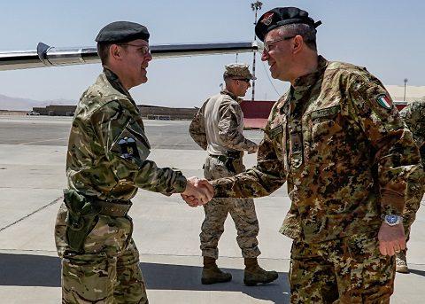 arrivo del LT General Sandy Storrie