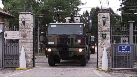 Esercito: artiglieri controaerei in esercitazione in Francia si addestrano sul sistema d'arma SAMP-T