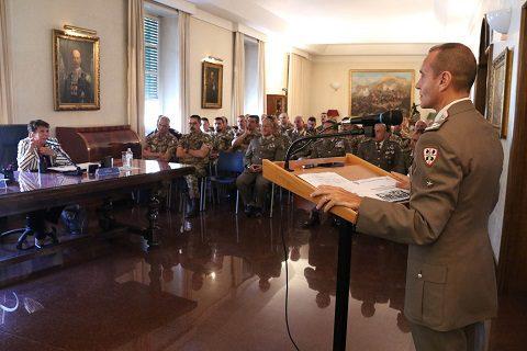 20160928_granatieri-di-sardegna_visita-del-prefetto-roma-paola-basilone-2