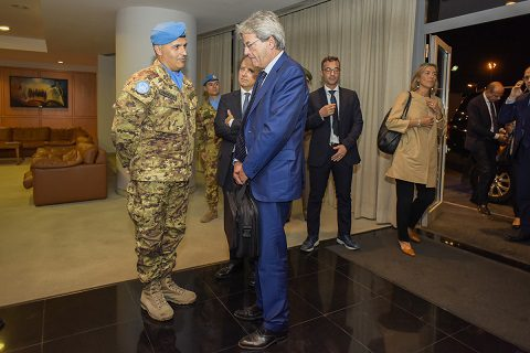 20161007_sw-unifil_visita-on-gentiloni-3