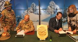 Nel corso dei CaSTA 2017 siglato un importante accordo sulla sicurezza in montagna tra Aineva e Meteomont