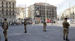 Strade Sicure, Raggruppamento Campania: pusher arrestato a Napoli con l'azione di militari dell'Esercito e Polizia