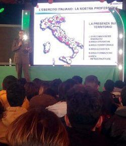 Esercito, Fiera Pessima di Manduria: il CME Puglia illustra agli studenti compiti, funzioni e prospettive di carriera nelle Forze Armate