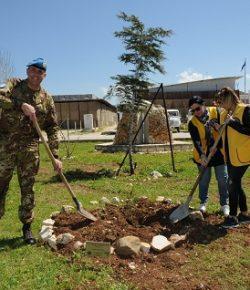 Sector West, UNIFIL: otto cedri del Libano piantati dai Lions di Beirut e di Padova