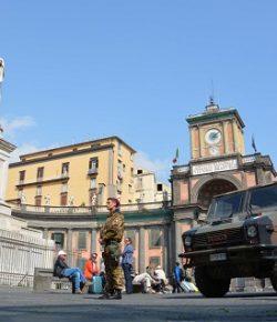 Strade Sicure, Raggruppamento Campania: due arresti a Napoli per scippo e per spaccio