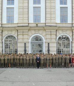 Scuola di Applicazione: cerimonia di consegna delle lauree agli Ufficiali del 194° corso Coraggio