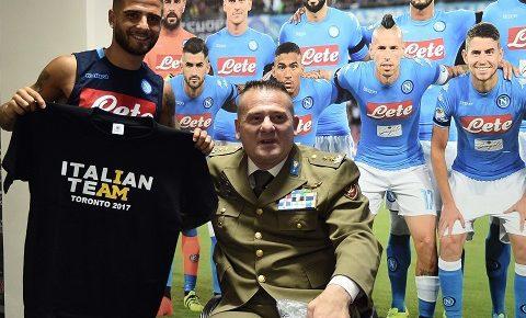 """""""Lo sport non fa distinzioni"""": il ten col Paglia dai calciatori del Napoli"""