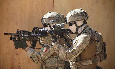 TAAC-W, RS: gen Nicholson inaugura Warfare Training Centre dei Ranger del 4° ALPIPAR e degli Alpini della Taurinense per le Forze Speciali afgane