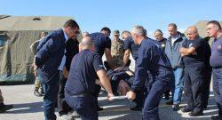 MNBG-W, KFOR: il CIMIC consegna ai Vigili del Fuoco aiuti della CRI di Lugo e dello SMOM per gestione emergenze umanitarie