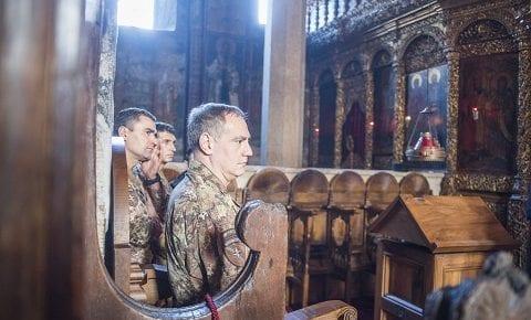 Il MNBG-W riceve la visita del COM KFOR, gen Cuoci: Natale ortodosso al Monastero di Decani