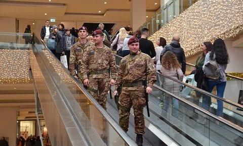 Strade Sicure: saldi ed Epifania in sicurezza a Roma con i militari del Raggruppamento Lazio Umbria Abruzzo